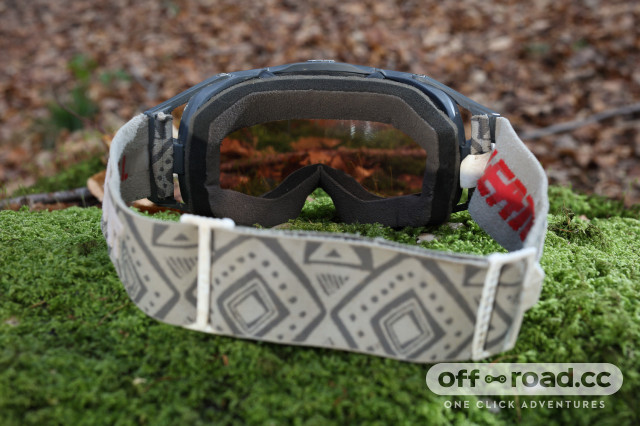 Leatt-Velocity 6.5-goggles-review-102.jpg