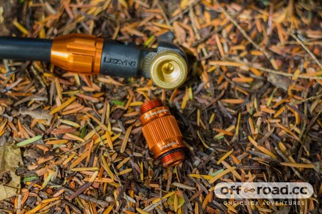 Lezyne Alloy Overdrive Pump-5.jpg