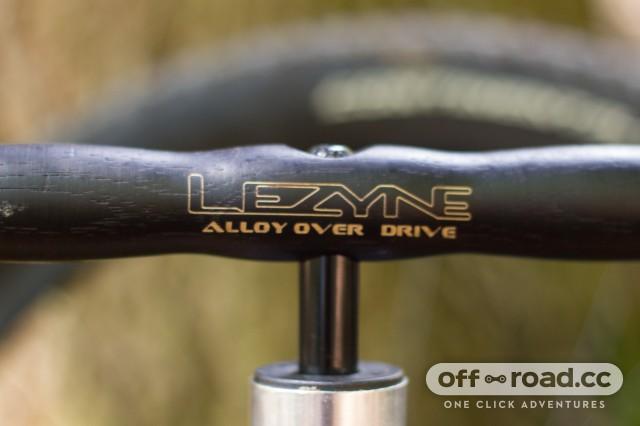 Lezyne Alloy Overdrive Pump-6.jpg