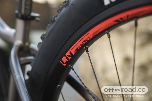 Liv Vall E+ e-bike detail wheels