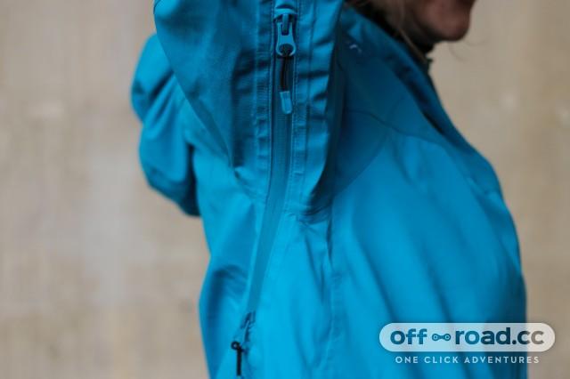 Madison DTE Women's Waterproof Jack-9.jpg
