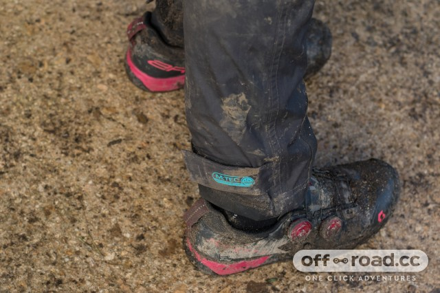Madison DTE Women's Waterproof Trousers-7.jpg
