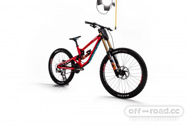 Madison Saracen 2020 bike.jpg