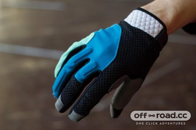 Madison Zena Women's Gloves-2.jpg