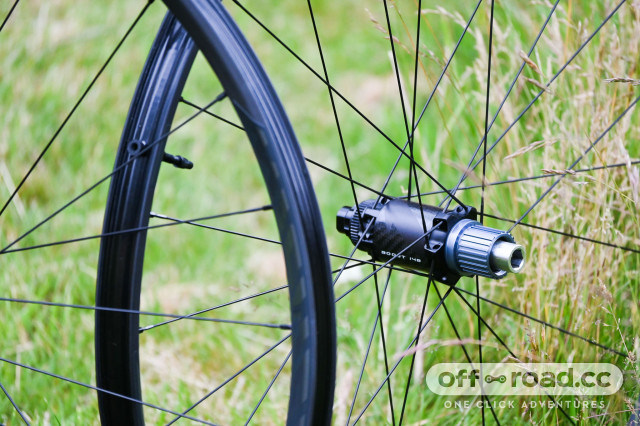 Miche-K1-Carbon-wheels-first-look-review-101.jpg