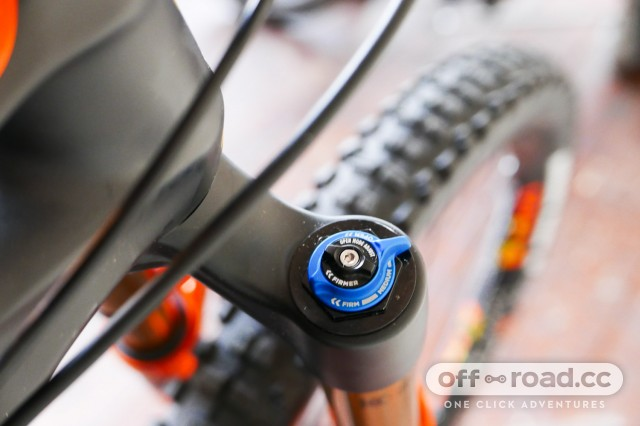 Mondraker-Foxy-Carbon-RR-29-first-look-review-107.jpg