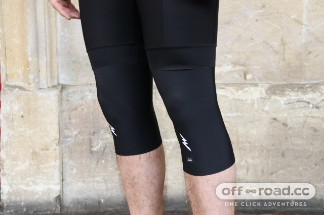 Morvelo Knee Warmers-1.jpg