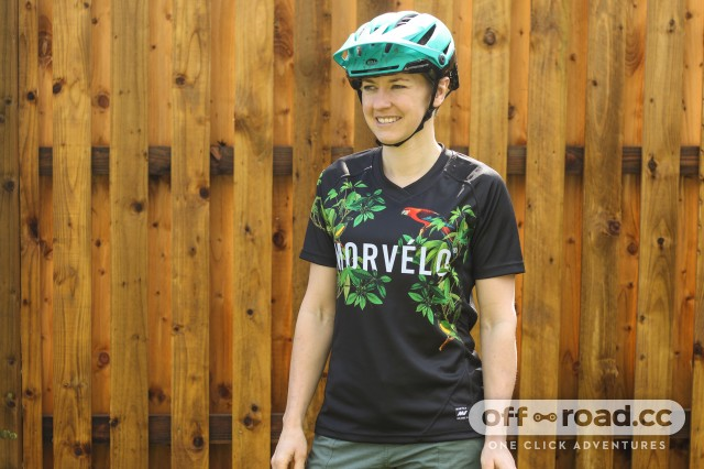 Movelo Friday Women's Short Sleeved MTB Jersey-1.jpg