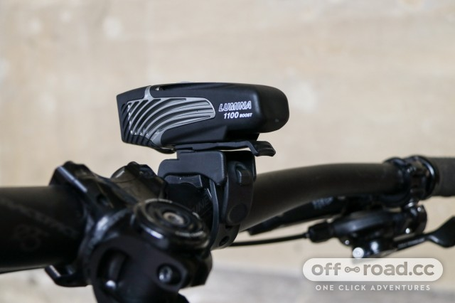 Niterider Lumina 1100 Boost Front Light-5.jpg