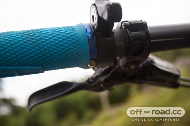 ODI Elite Flow Lock On Grips-4.jpg