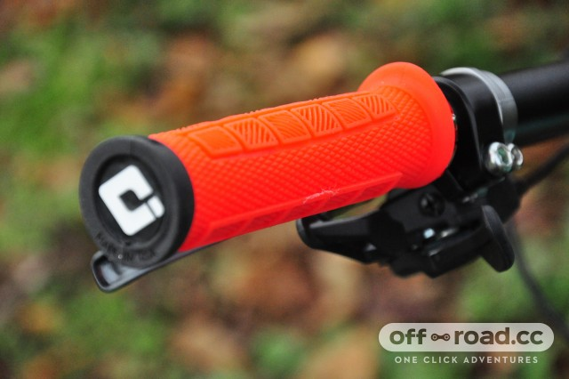 ODI-Elite-Pro-Lock-On-Grips-102.jpg