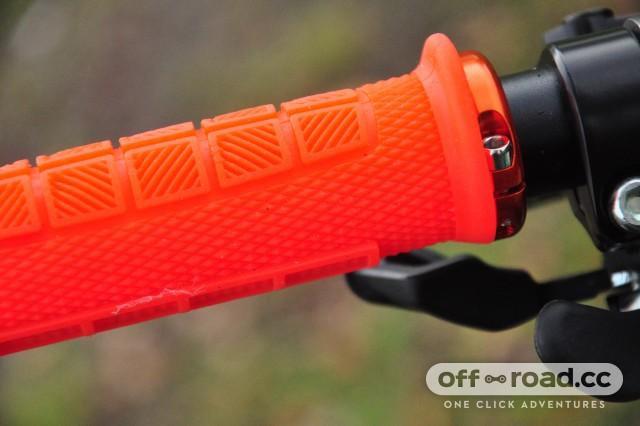 ODI-Elite-Pro-Lock-On-Grips-103.jpg