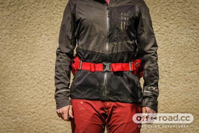 Osprey Savu 4L waist pack-9.jpg