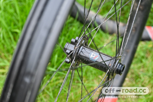 Pacenti-I35-END-Carbon-wheelset-review-101.jpg