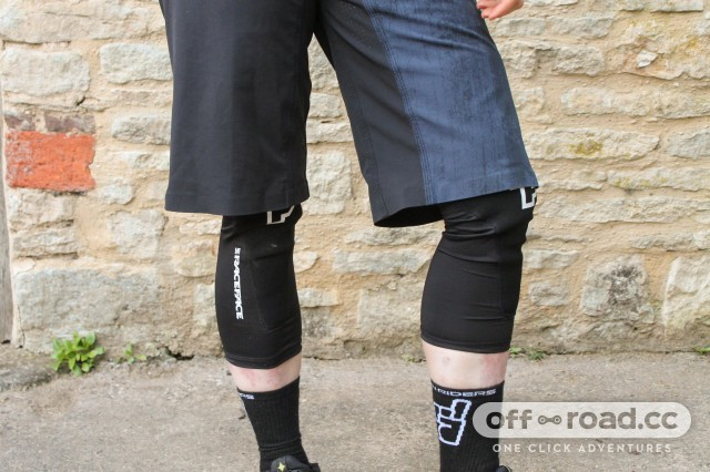 Race Face Charge Leg Guards Knee Pads-1.jpg