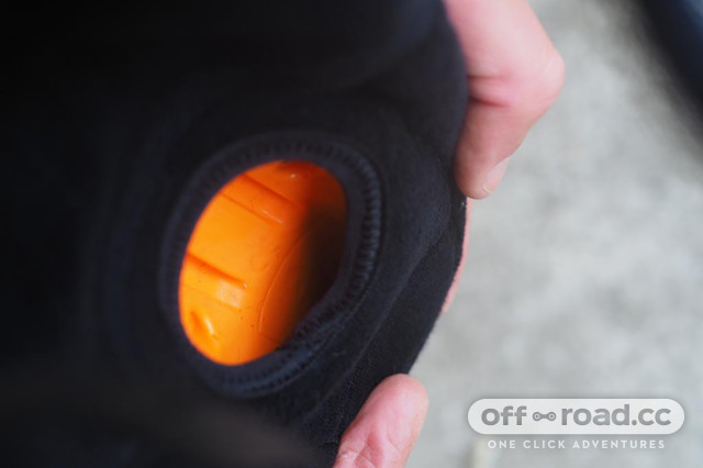 Race Face Roam Knee Pad Review 1.jpeg