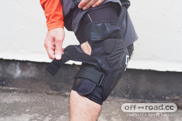 Race Face Roam Knee Pad Review 5.jpeg