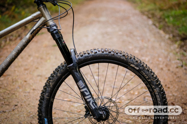 Ribble HT Ti Detail Fork-4.jpg