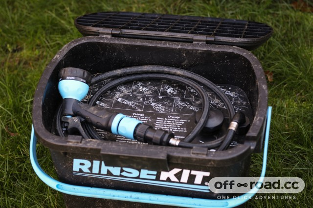 RinseKit Portable Bike Wash Cleaner-3.jpg