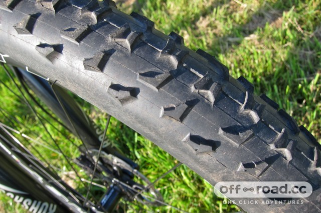 Ritchey P-29er - Ritchey Z Max Evolution Tread.jpg