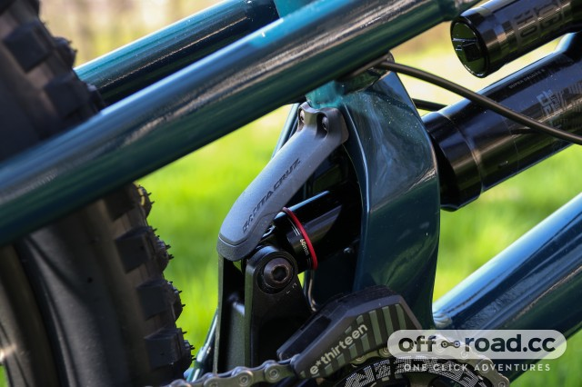 Santa Cruz Nomad R Alloy Detail Shock cover-6.jpg