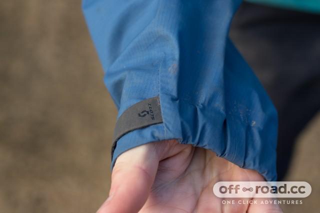 Scott MTN Dryo 20 Women's Waterproof Jacket-7.jpg