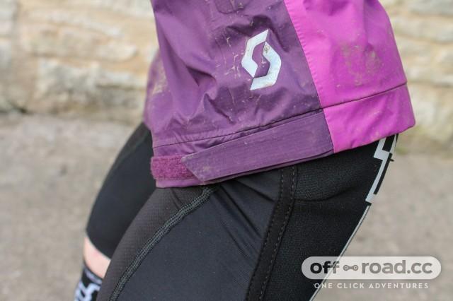 Scott MTN Dryo 50 Women's Waterproof Shorts-4.jpg