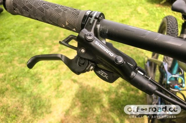 Shimano Deore MT520 4 piston brakes-4.jpg