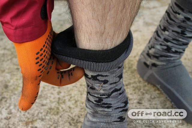Showers Pass Crosspoint Knit Waterproof Socks-4.jpg