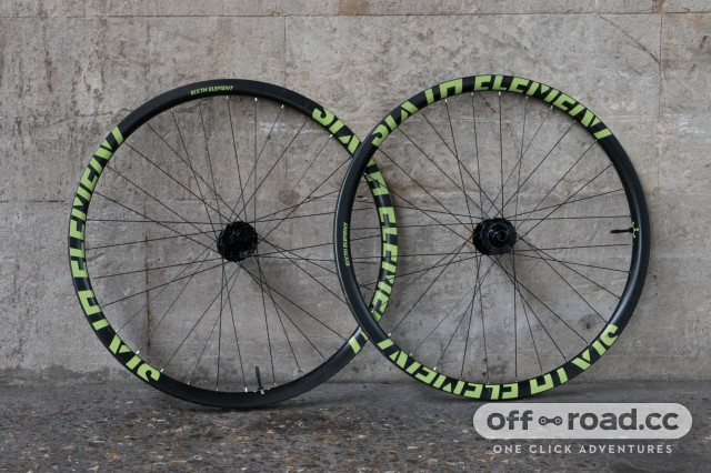 Sixth-Element-carbon-wheels-100.jpg