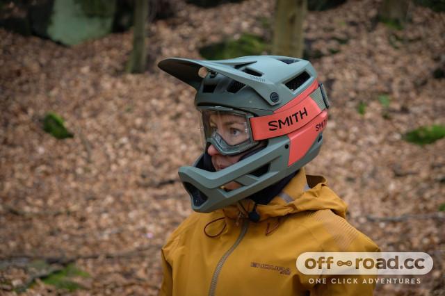 Smith Mainline helmet-3.jpg