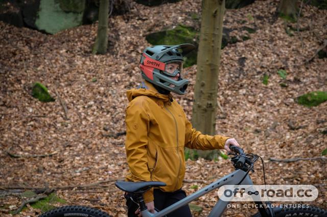 Smith Mainline helmet-5.jpg