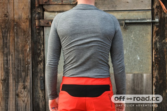 Specialized Merino LS Underwear Baselayer-2.jpg