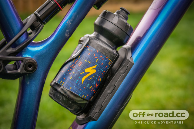 Specialized Purist MoFlo water bottle-4.jpg
