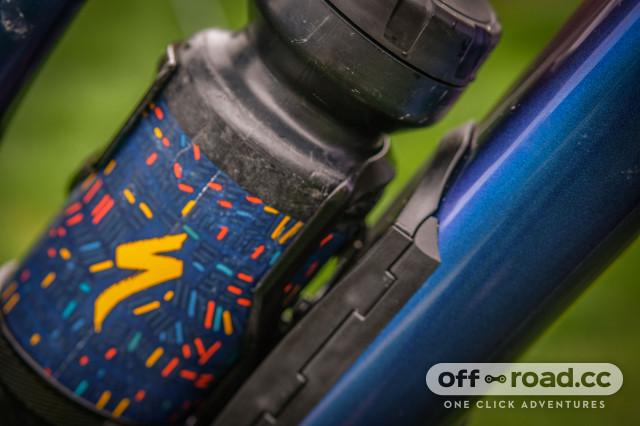 Specialized Purist MoFlo water bottle-5.jpg
