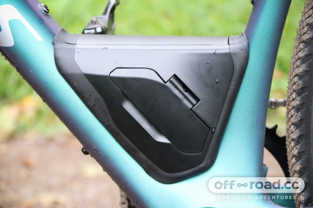 Specialized S-Works Diverge - tool box 1.jpg