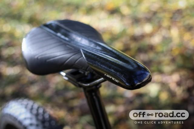 Specialized Turbo Levo HT - saddle.jpg