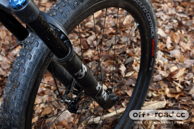 Specialized-Epic-Expert-Carbon-Evo-2020-review-102.jpg