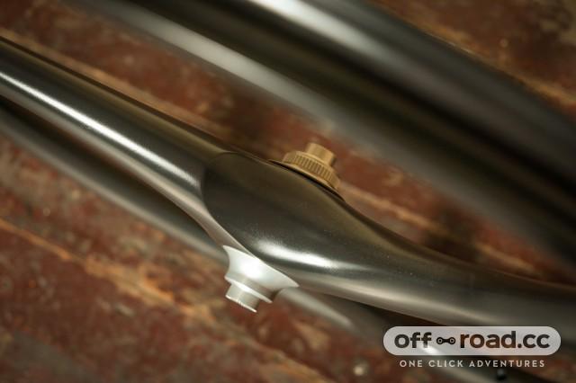 Spengle Crabon wheels gravel-9.jpg
