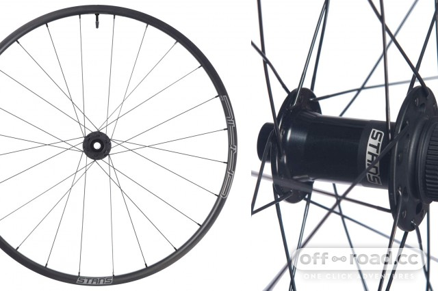 Stans-Grail-CB7_tubeless-carbon-gravel-bike-road-bike-CX-cyclocross-rim-wheels_Pro-wheelset.jpg