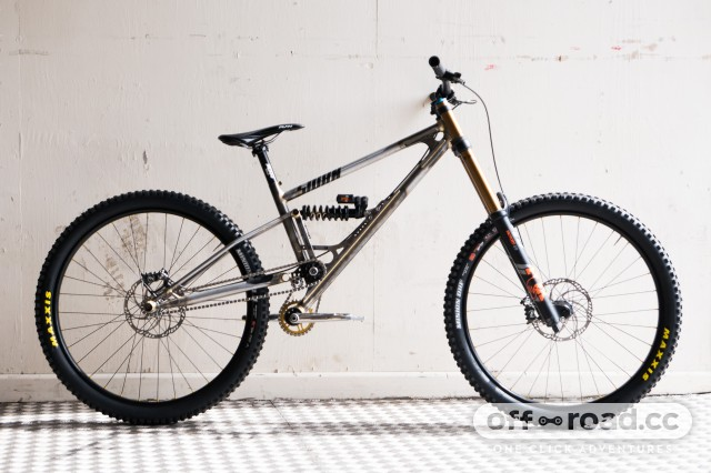 Starling-Sturn-DH-bike-100.jpg