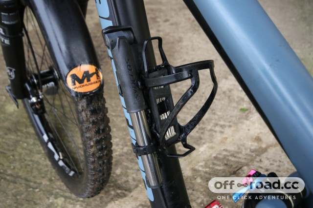 Syncros Matchbox Coupe HP2.0 Integrated Bottle Cage-3.jpg