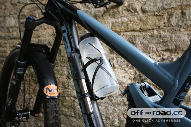 Syncros Matchbox Coupe HP2.0 Integrated Bottle Cage-6.jpg