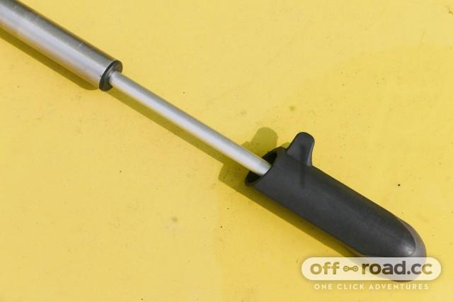Topeak-Pocketshock-DXG-shock-pump-review-101.jpg