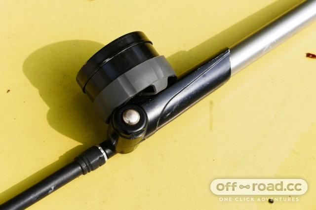 Topeak-Pocketshock-DXG-shock-pump-review-102.jpg