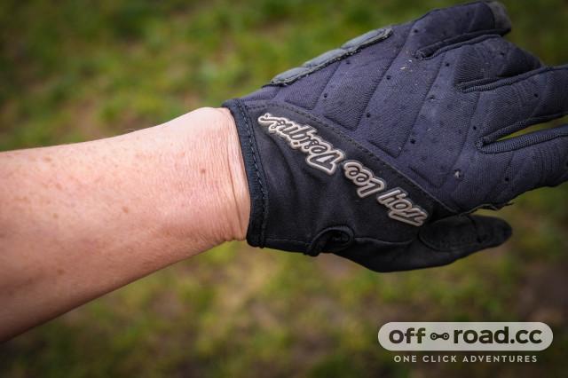 Troy Lee Designs Women's Ruckus Gloves-4.jpg