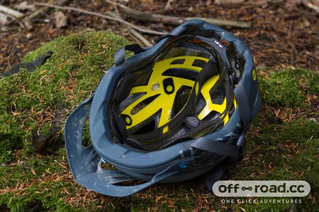 Troy-Lee-Designs-A2-MIPS-helmet-101.jpg