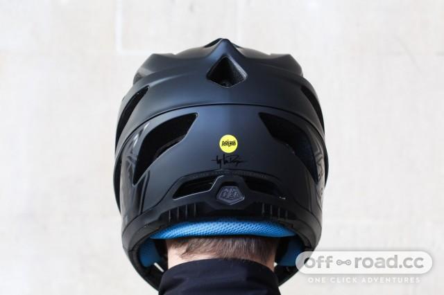 Troy-Lee-Designs-Stage-fullface-helmet-review-102.jpg