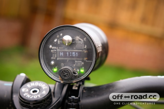 USE Exposure Six Pack Mk9 front light-3.jpg