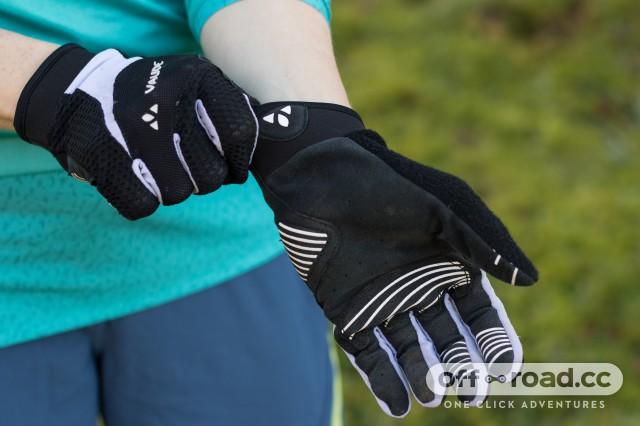 Vaude Women's Dyce Gloves-3.jpg